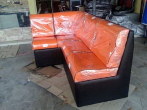 sofa custom made