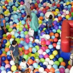 balloon playground MP10387396_924953390862237_2563669278739919656_n