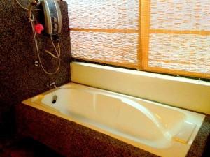 Spa bathtub salsabilah