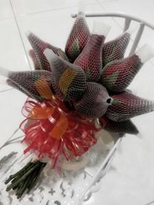 hand flower rose